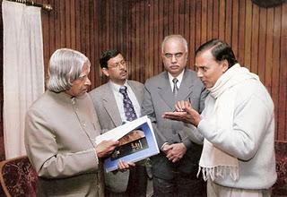 Dr.Bhupendra Madhepuri with President Dr.APJ Abdul Kalam .