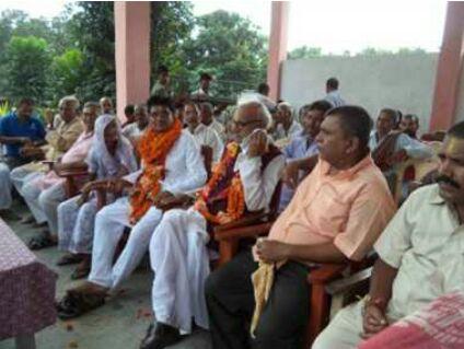 Satyanarayan Jha honored at Babhani .