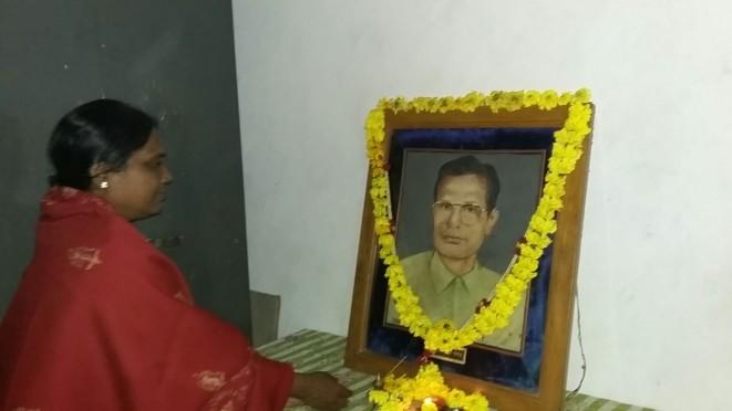 Shivkumar Yadav and her daughter Pro.Reeta