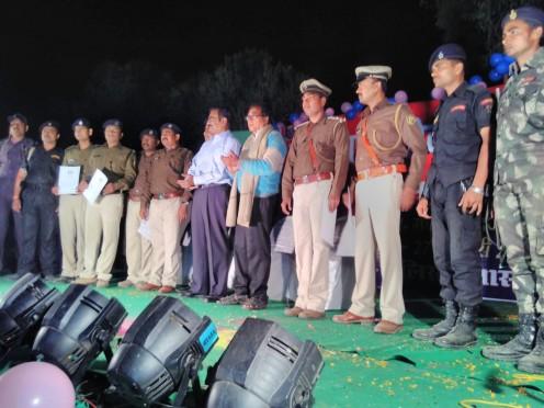 Samajsevi Dr.Bhupendra Narayan Yadav Madhepuri, S.P Vikas Kumar, D.D.C Mithilesh Kumar along with other Police Officers in the Ceremonial Police Saptah at B.N.Mandal Stadium Madhepura