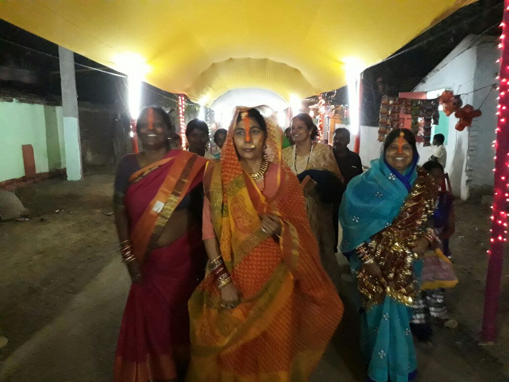 Padma Shree Santosh Yadav moving towards Mongher Ganga Ghat along with other devotee Chhathbraties from her Father-in-law's House at Guljar Pokhar, Mongher .