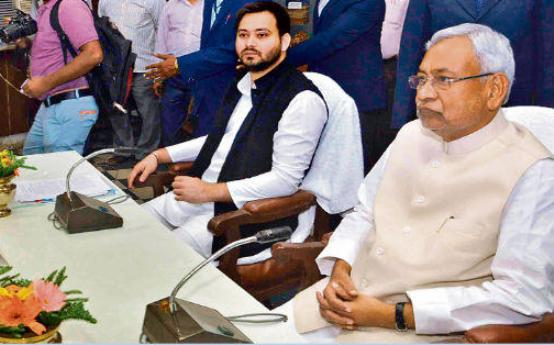 nitish-tejashwi-in-all-party-meet