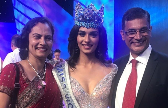 Miss World Manushi with her Parents