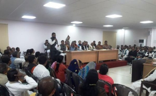 Dr.Amardeep addressing JDU Meeting at 1 Ane Marg