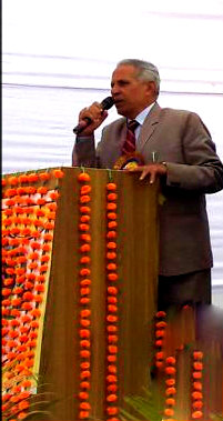 Honourable Vice-Chancellor Dr.Awadh Kishor Rai addressing at Gyanbhumi Samaroh.