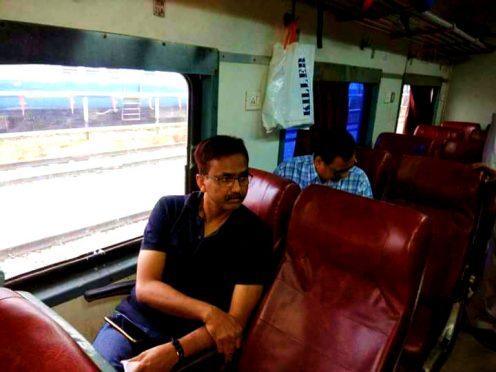 DM Md.Sohail leaving for Muzaffarpur by Rajya Rani Train from Saharsa Station.