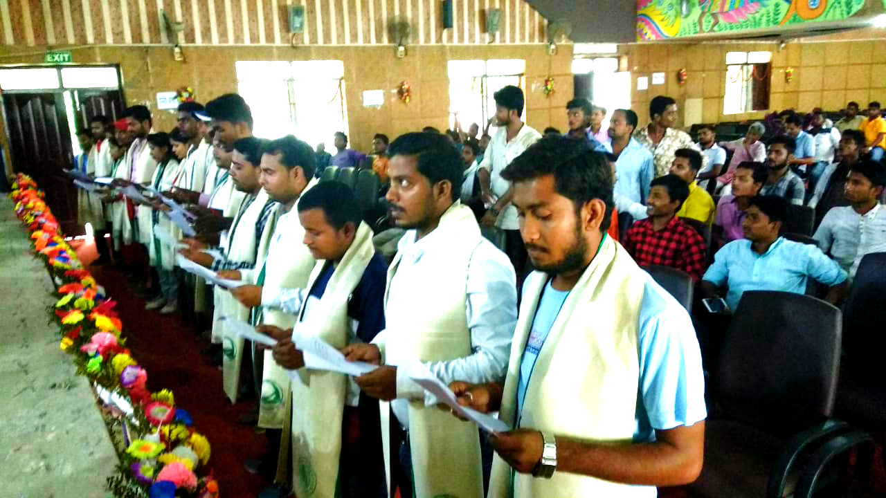 President, Secretary, Treasure and other members of students union (BNMU) taking oath in the Auditorium Hall of BNMU Madhepura.