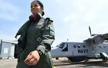 First woman pilot in Indian Navy Shivangi.