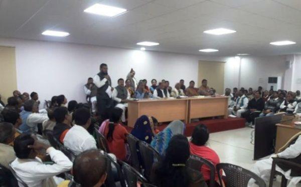 Dr.Amardeep addressing JDU Meeting at 1 Ane Marg